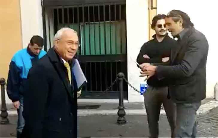 """Attivisti dei Forconi tentano di """"arrestare"""" ex deputato"""